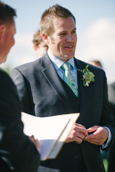 groom saying vows