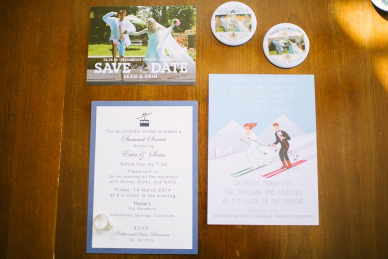 wedding invitation with skiers