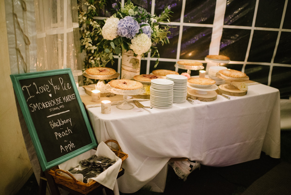 Pies at weddings